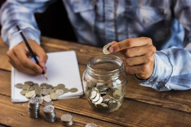 חובות ופשיטת רגל